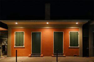 dg_11-04_residential-facade-lighting_1200x798_for-web